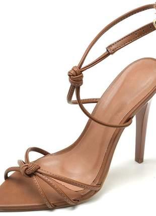 Sandália feminina aberta nó bico fino salto alto fino caramelo