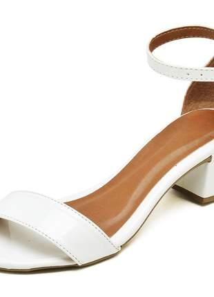 Sandália feminina tira salto baixo grosso verniz branco