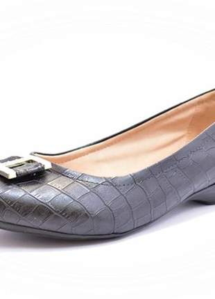 Sapato feminino tamanho grande salto baixo renata della vecchia preto 40 ao 44