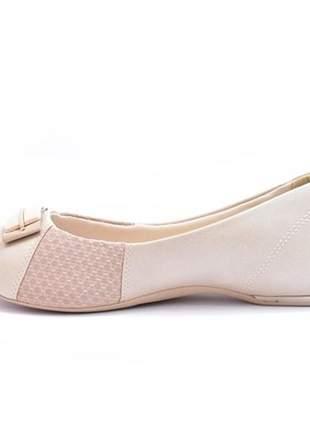 Sapato feminino peep toe comfortflex azul marinho e avelã numeração especial 40, 41 e 42