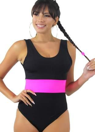 Body feminino preto com faixa neon rosa