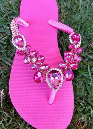 Chinelo havaianas decorada cabedal rosa