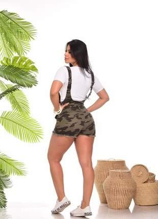 Jardineira salopete jeans feminina camuflada com lycra