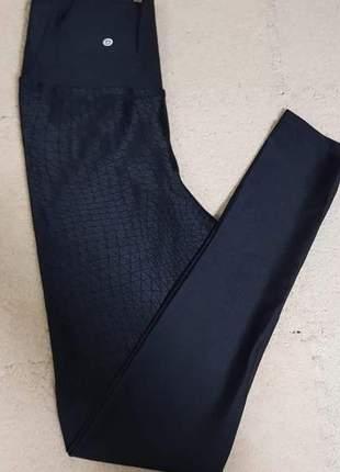 Calça legging recortes