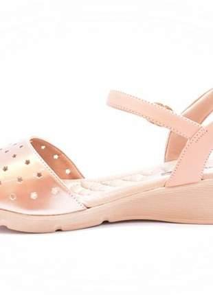 698c7b54b ... Sandália feminina tamanho grande anabela comfortflex rosê numeração  especial 40, 41 e 422 ...