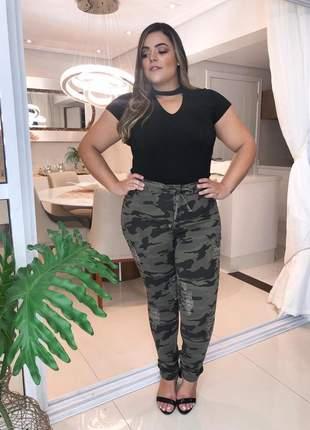Calça camuflada jeans plus size tamanho grande com lycra