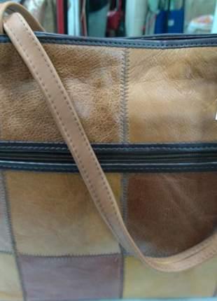 bfc8811a0 Bolsa 100% couro legitimo direto do fabricante em patchwork de couro  produto artesanal