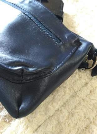 Bolsa em couro legitimo transversal pequena com bolso externo direto da fabrica