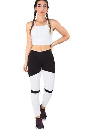 Conjunto fitness cropped branco + calça legging fitness preto com branco