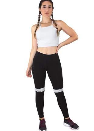Conjunto fitness cropped branco + calça fitness preto com listra branco