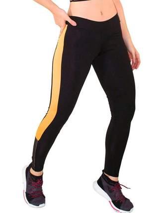 Calça legging fitness preto com faixa amarela e preta