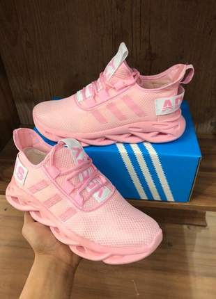 Tênis adidas  pink