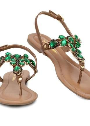 Sandália rasteira com pedras verdes