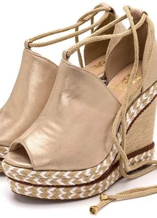 Sandália anabela feminina stonado ouro amarrar na perna