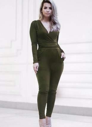 Macacão skinny manga longa verde militar