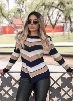 Blusa tricot  de bico listrada