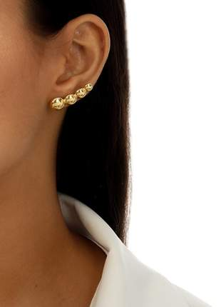 Brinco earcuff dourado esferas lisas semijoias gazin