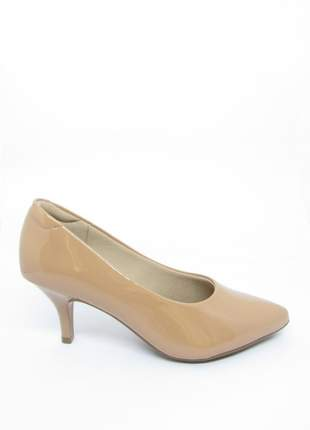 Sapato scarpin salto baixo nude verniz modare