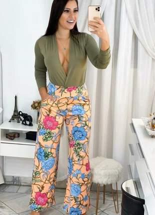 Calça feminina pantalona flare floral