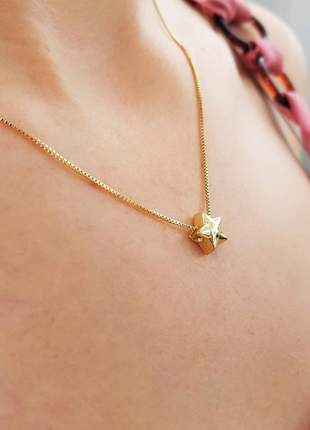 Colar com pingente estrela banhado a ouro 18k - col006