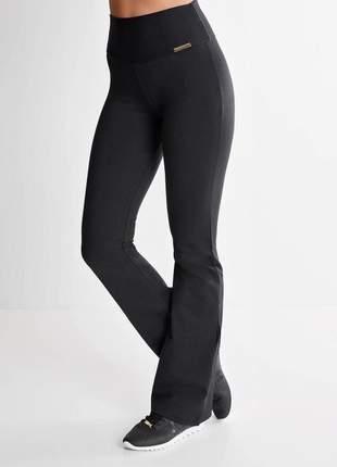 Calça bailarina preta