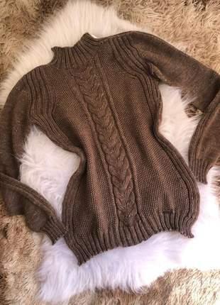 Blusa alongada em tricot