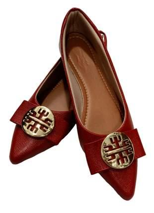 Linda sapatilha vermelha bico alongado