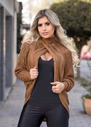 Blusa de  trico cruzada  manga longa