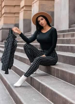 Conjunto calça e blazer xadrez