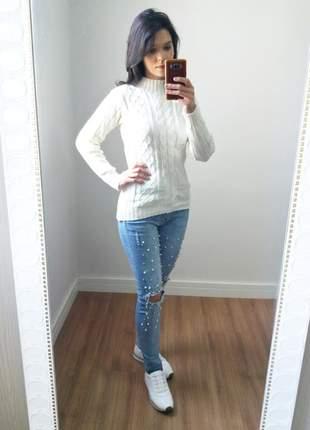 Suéter em tricô feminino branco