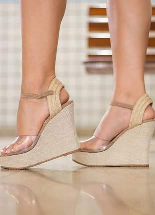 Sapato tipo plataforma