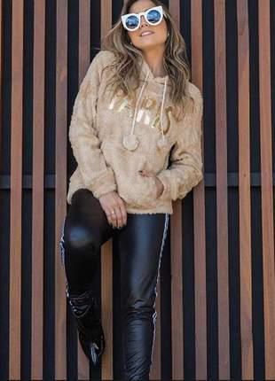 Blusa feminino pelucia paris capuz