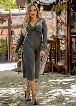Macacão manga longa fashion pantacourt cinza canelado