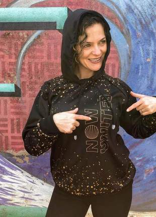 Blusa de moletom feminino com capuz e bolso preta glitter now united