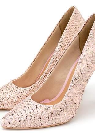 Sapato feminino scarpin em rosa claro em glitter brilho