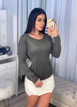 Blusa linda manga longa suede básica perfeita
