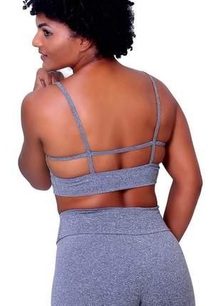 Top fitness academia sem bojo detalhe costas confortável