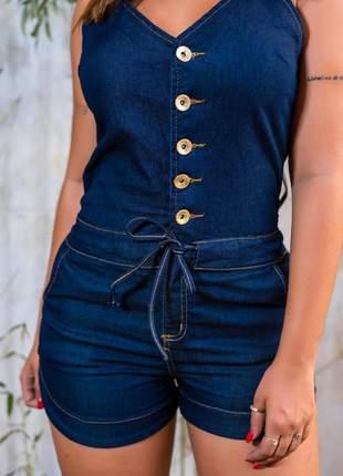 Macaquinho jeans com botão