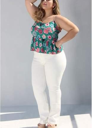 Calça jeans flare branca plus size cintura alta