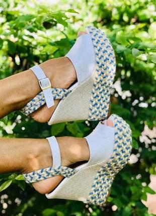 Sandália anabela branca
