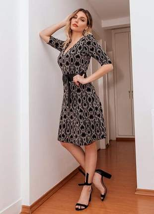 Vestido curto classic