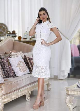 Vestido midi branco renda