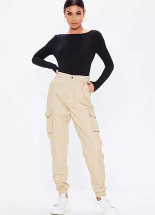 Body feminino manga longa costa aberta