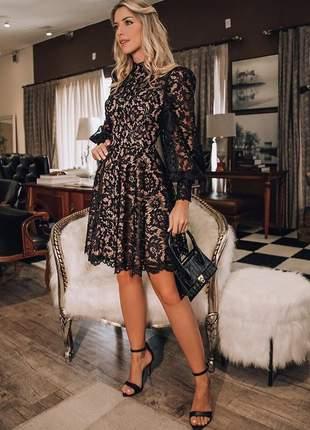 Vestido midi renda manga comprida doce maria