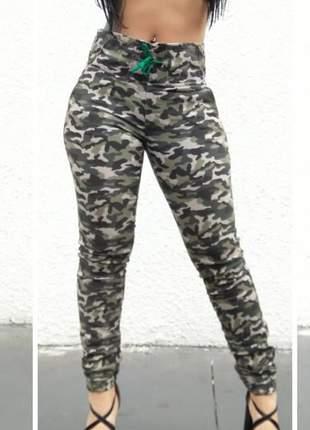 Calça jeans camuflada excelente qualidade - estilo jogger