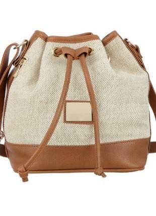 Bolsa feminina saco com textura palha creme