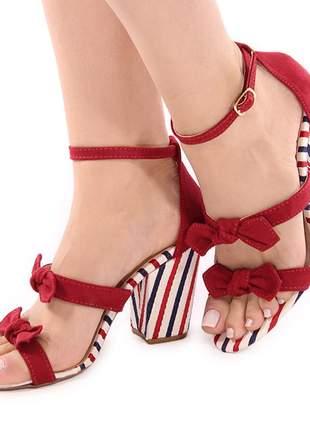 Sandália feminina salto grosso bloco vermelha listrada navy casual/festa