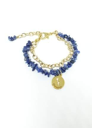 Pulseira dourada com pedras naturais de sodalita e pingente de signo