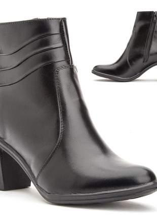 Bota feminina cano curto salto alto grosso confortável em couro 2803 black