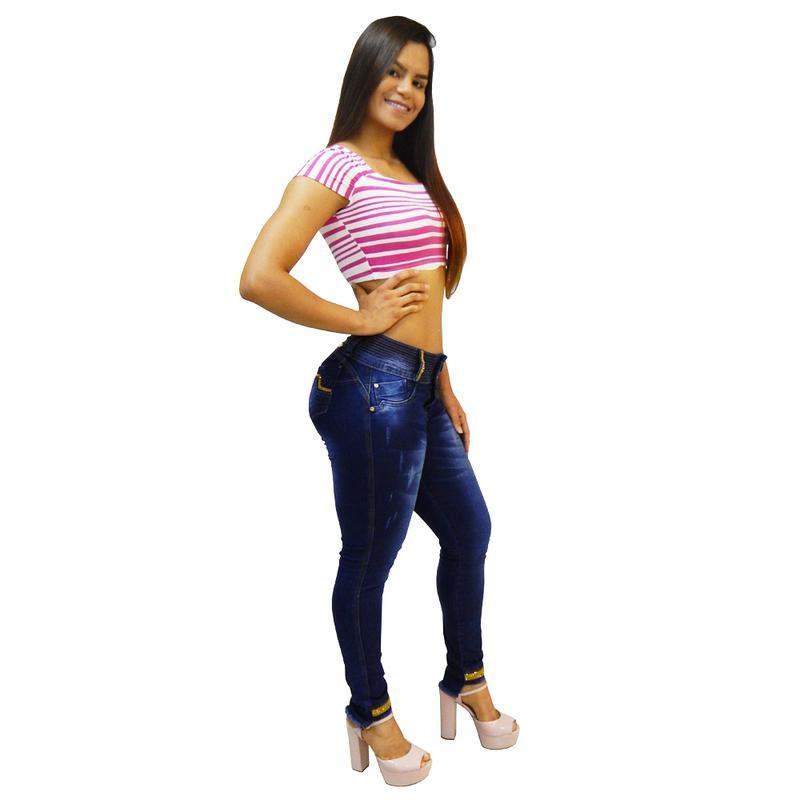 8c93be3c2 Calça jeans feminina via7 com bojo removível strass detalhe na barra 102681  ...